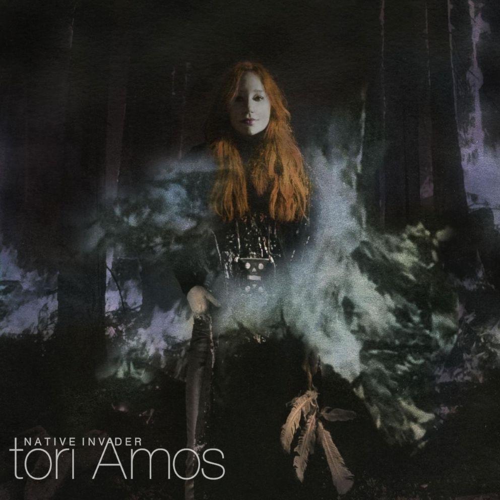 PHOTO: Tori Amos - Native Invader