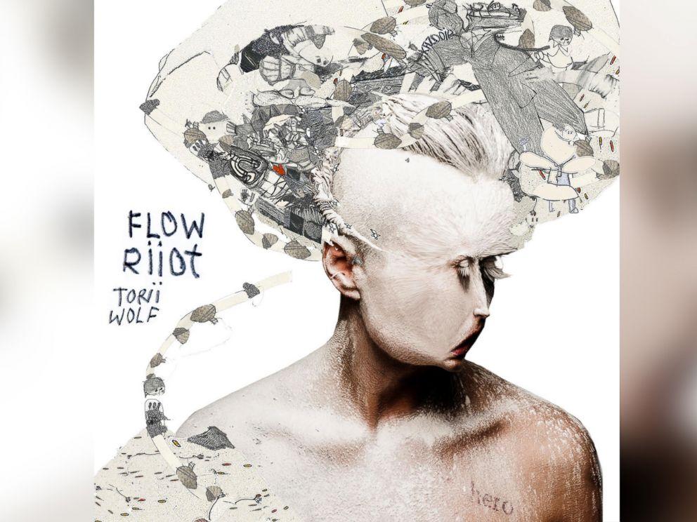 PHOTO: Torii Wolf - Flow Riiot