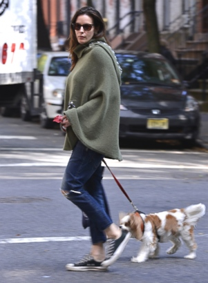 Liv Tyler Takes Her Pup Out