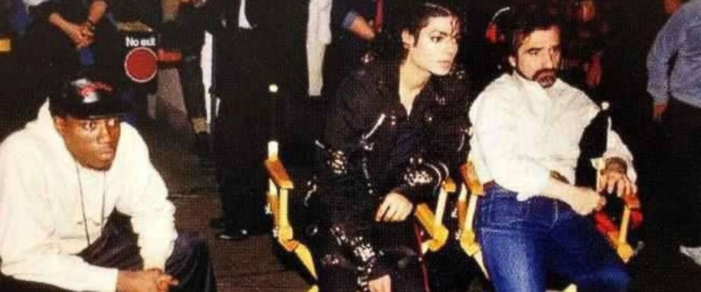 """PHOTO: Martin Scorsese, Wesley Snipes, and Michael Jackson in """"Michael Jackson: Bad,"""" 1987."""
