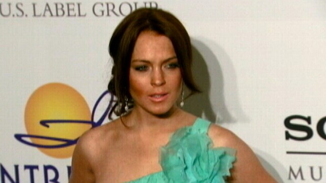 VIDEO: Kim Kardashian, Lindsay Lohan and others take to Twitter regarding Hurricane Sandy.