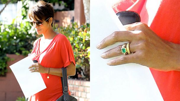 x17 halle berry ring nt 130724 16x9 608 Wow! Halle Berry Debuts Stunning Wedding Band