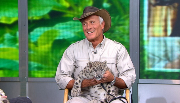 Video: Jack Hanna Brings Wild Jungle Cats To Times Square on GMA