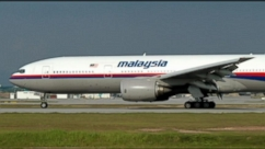 VIDEO: Malaysia Airlines Fight Goes Missing, Families of Passengers in Agony