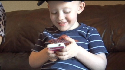 Toddler's FaceTime Saves Mom After Dog Bite