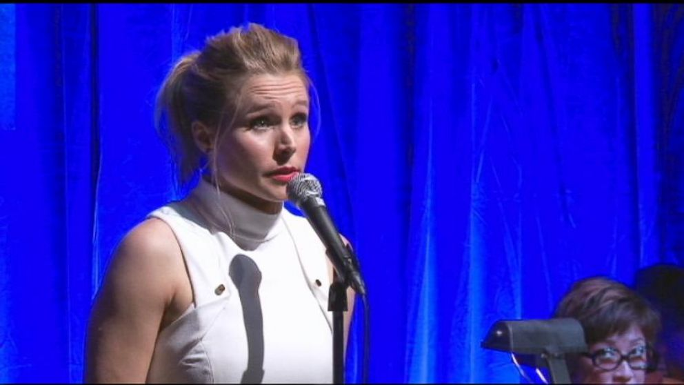 kristen bell sings  u0026 39 frozen u0026 39  song in all voices of anna