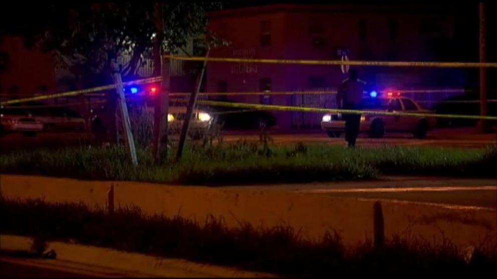 VIDEO: 2 Dead, 8 Injured in Miami Shooting