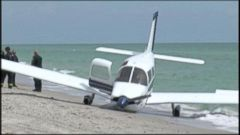 VIDEO: A crash landing at Caspersen Beach left a father dead and his daughter seriously injured.