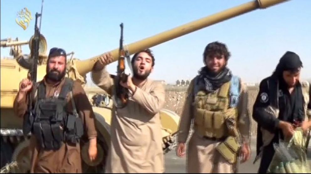 VIDEO: US Airstrikes in Iraq Destroy ISIS Targets, Push Militant Group Back