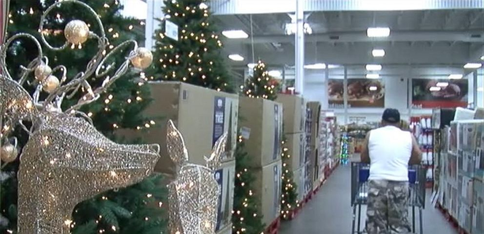 VIDEO: Christmas Display Spotted in August at Florida Sams Club