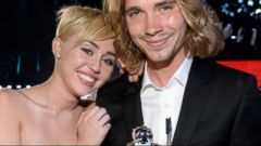 VIDEO: New Details Emerge About the Man Who Accepted Miley Cyrus VMA