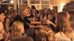 VIDEO: Taylor Swift Hosts Private Parties for Fans