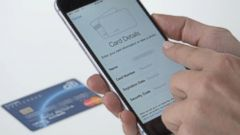 VIDEO: What to Expect at the Register With Apple Pay
