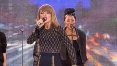 VIDEO: Taylor Swift Rocks Times Square