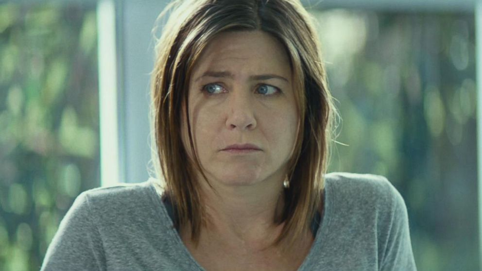 exclusive first look at jennifer aniston s new movie cake   abc news