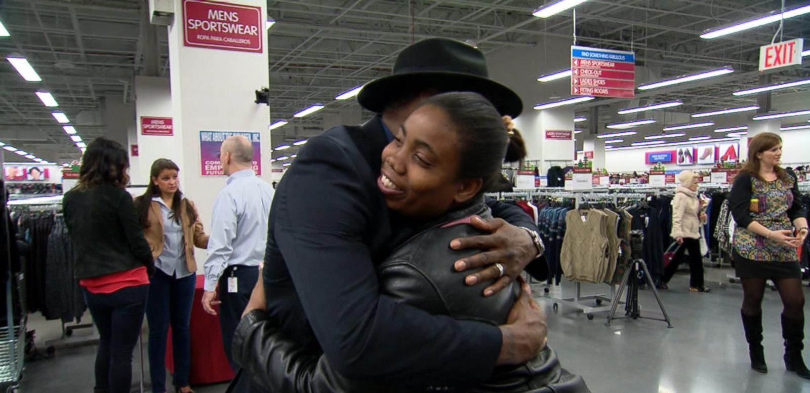 VIDEO: Families Help Families With 'Warm Coats, Warm Hearts' Drive