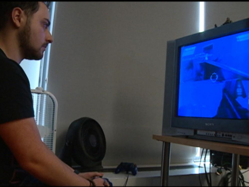 VIDEO: Xbox Live, PlayStation Networks Online Services Suffer DDoS Attacks