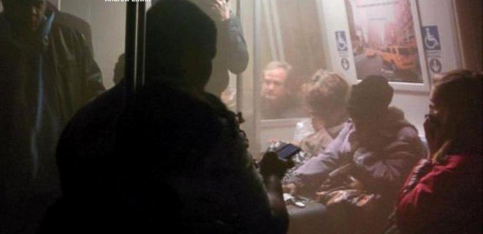 VIDEO: Smoke Fills DC Metro Station