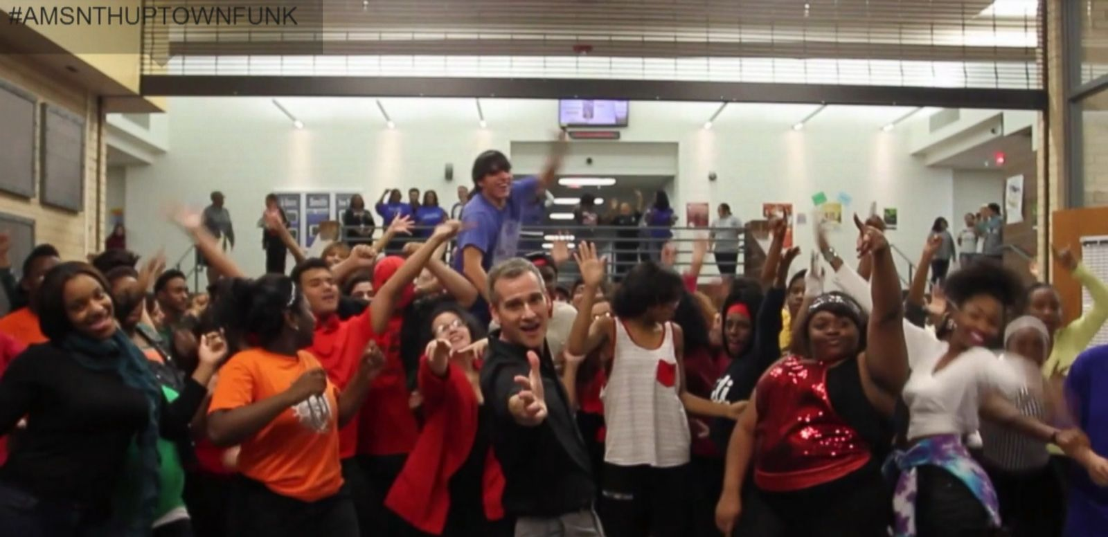 VIDEO: Nearly 200 students from a Dallas high school danced their way through the Bruno Mars song.