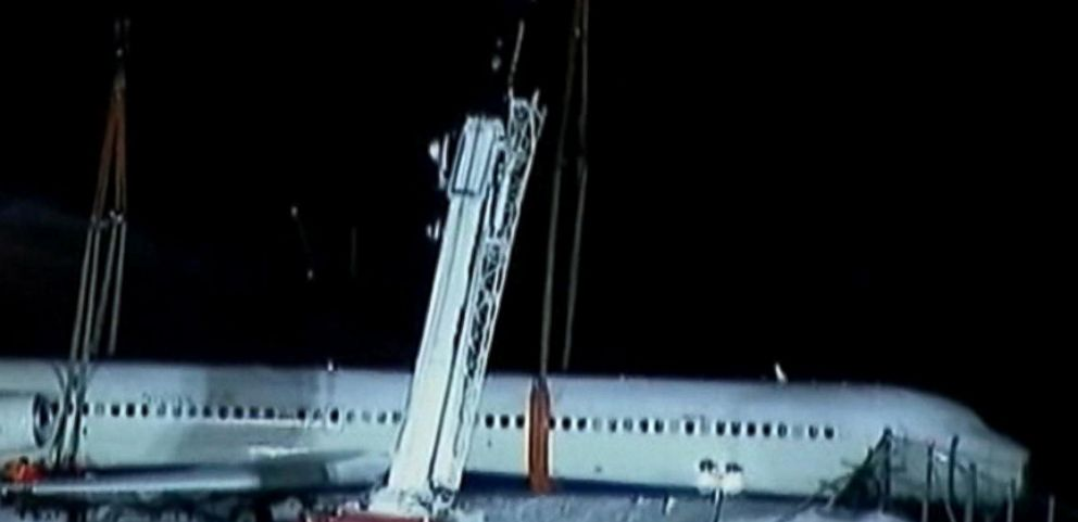 VIDEO: The Delta accident happened after two previous planes had reported good breaking conditions at LaGuardia.