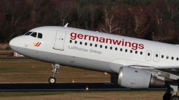 New ESl lesson plans - What Caused the Germanwings Crash?