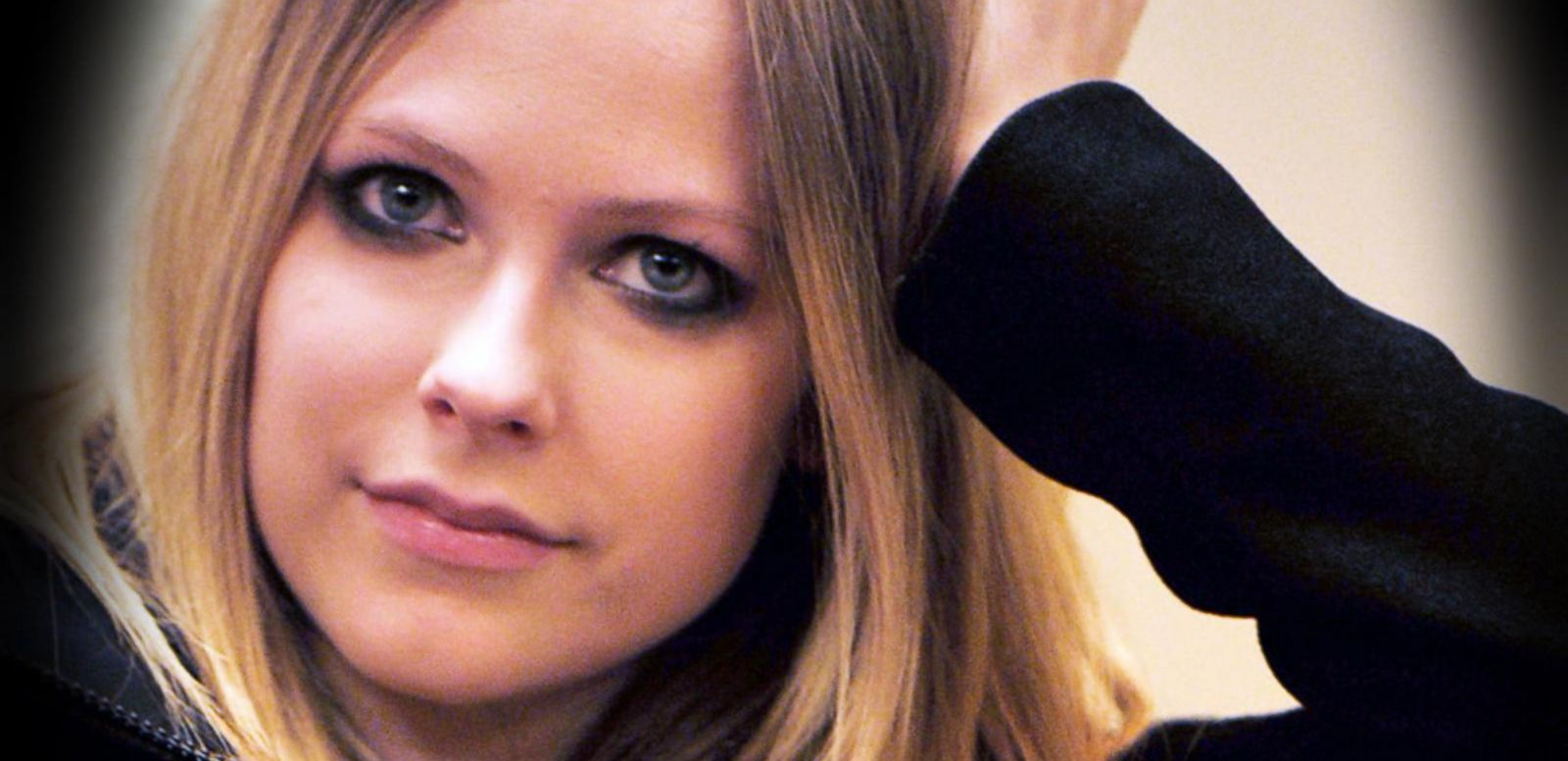 VIDEO: Avril Lavigne on Her Struggle With Lyme Disease