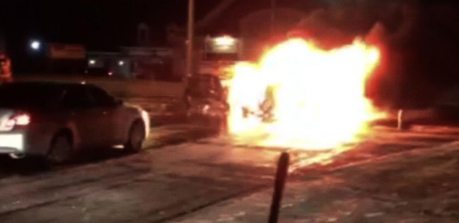 Woman Thanks Heroes Who Saved Her Children From Burning Minivan
