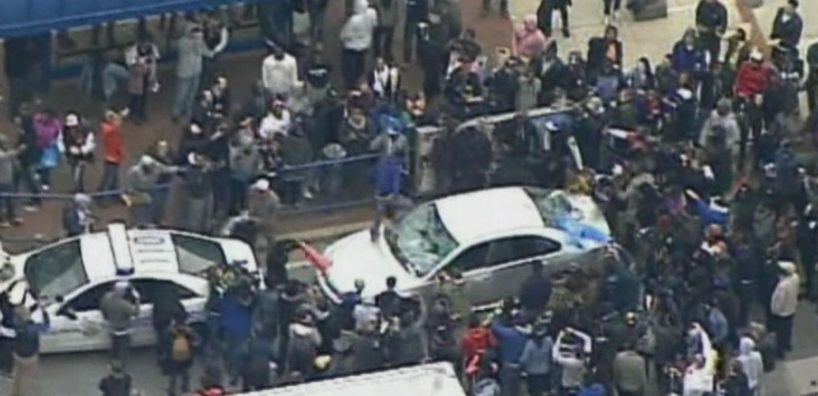 VIDEO: Freddie Grey's Family Calls for Calm After Protests Turn Violent