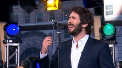 VIDEO: Josh Groban Performs Somewhere Over the Rainbow