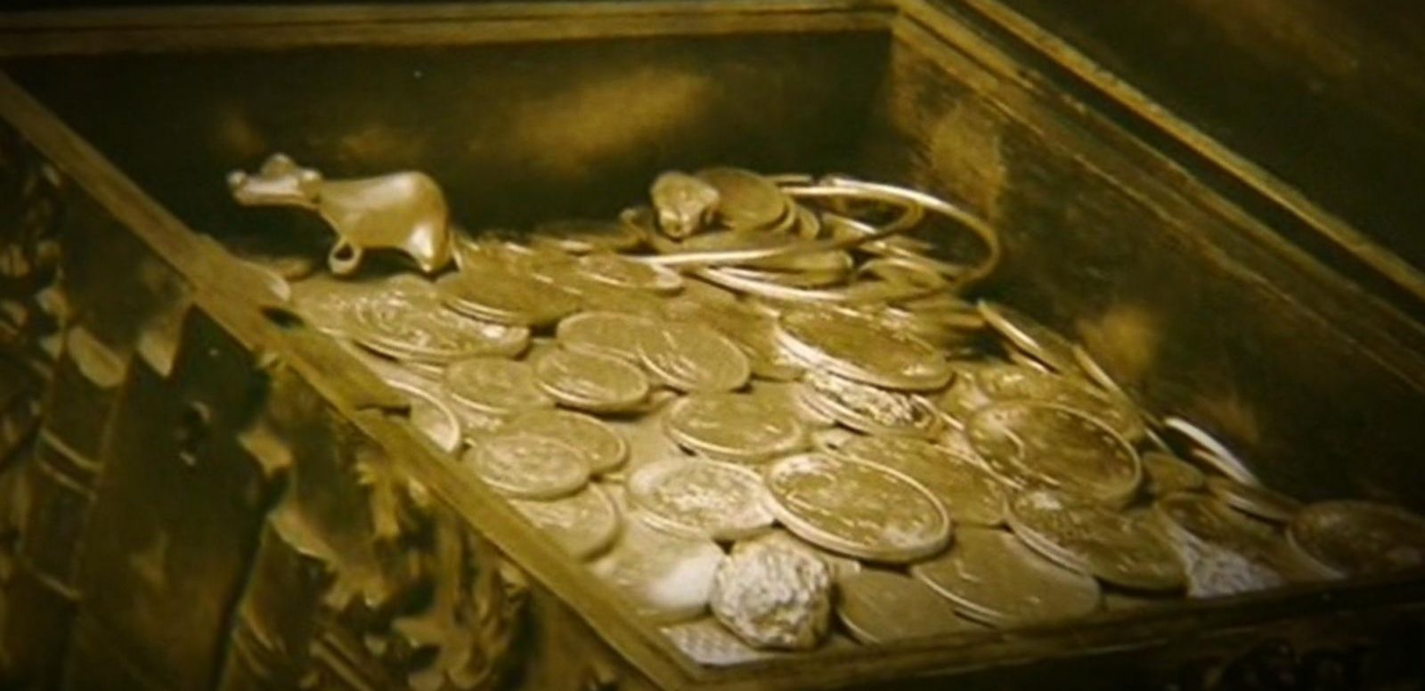 VIDEO: Rich Man's Treasure Hunt May End Up a Hoax