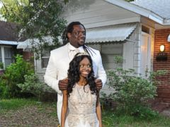VIDEO: Jacksonville Jaguars player SenDerrick Marks took 18-year-old Khamayea Jennings to her senior prom, thanks to a non-profit that set up the date.