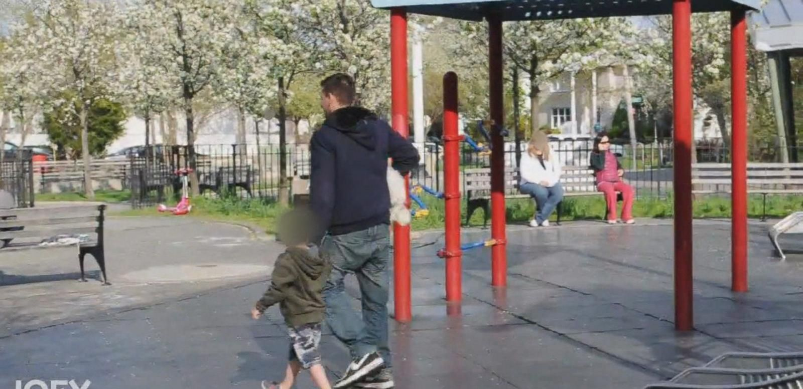 VIDEO: YouTube Prankster's Experiment Raises Questions About Child Abduction