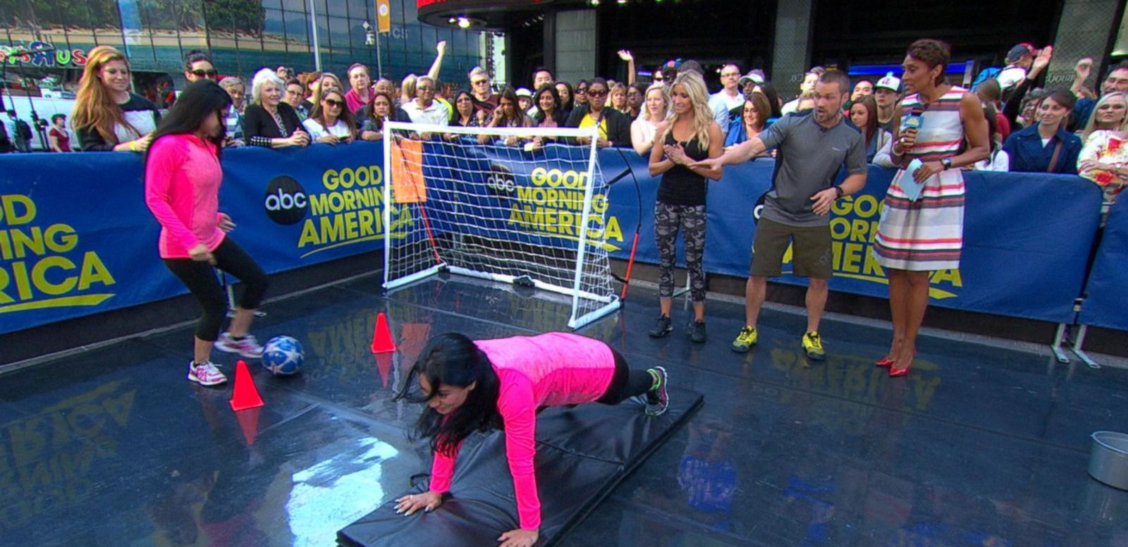VIDEO: Chris and Heidi Powell Kick Off 'GMA Training Together Challenge'