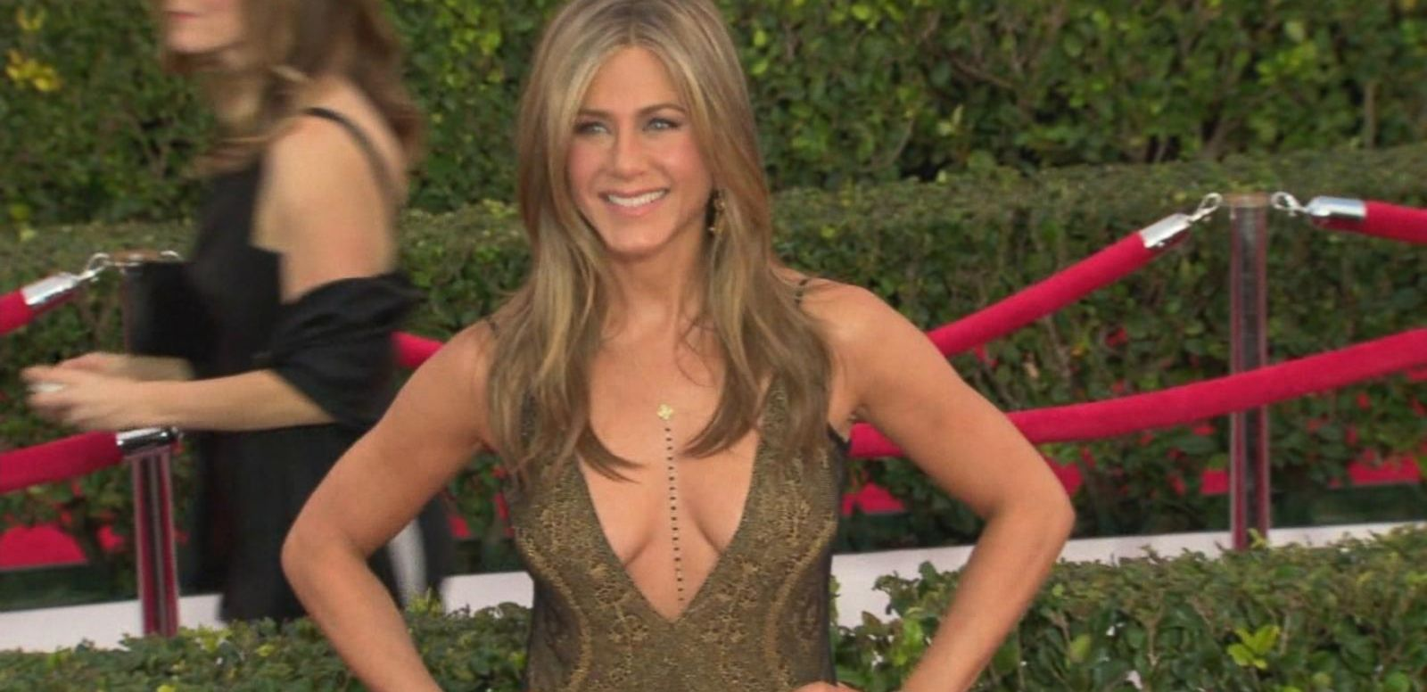 VIDEO: What Jennifer Aniston Eats to Stay Young and Healthy