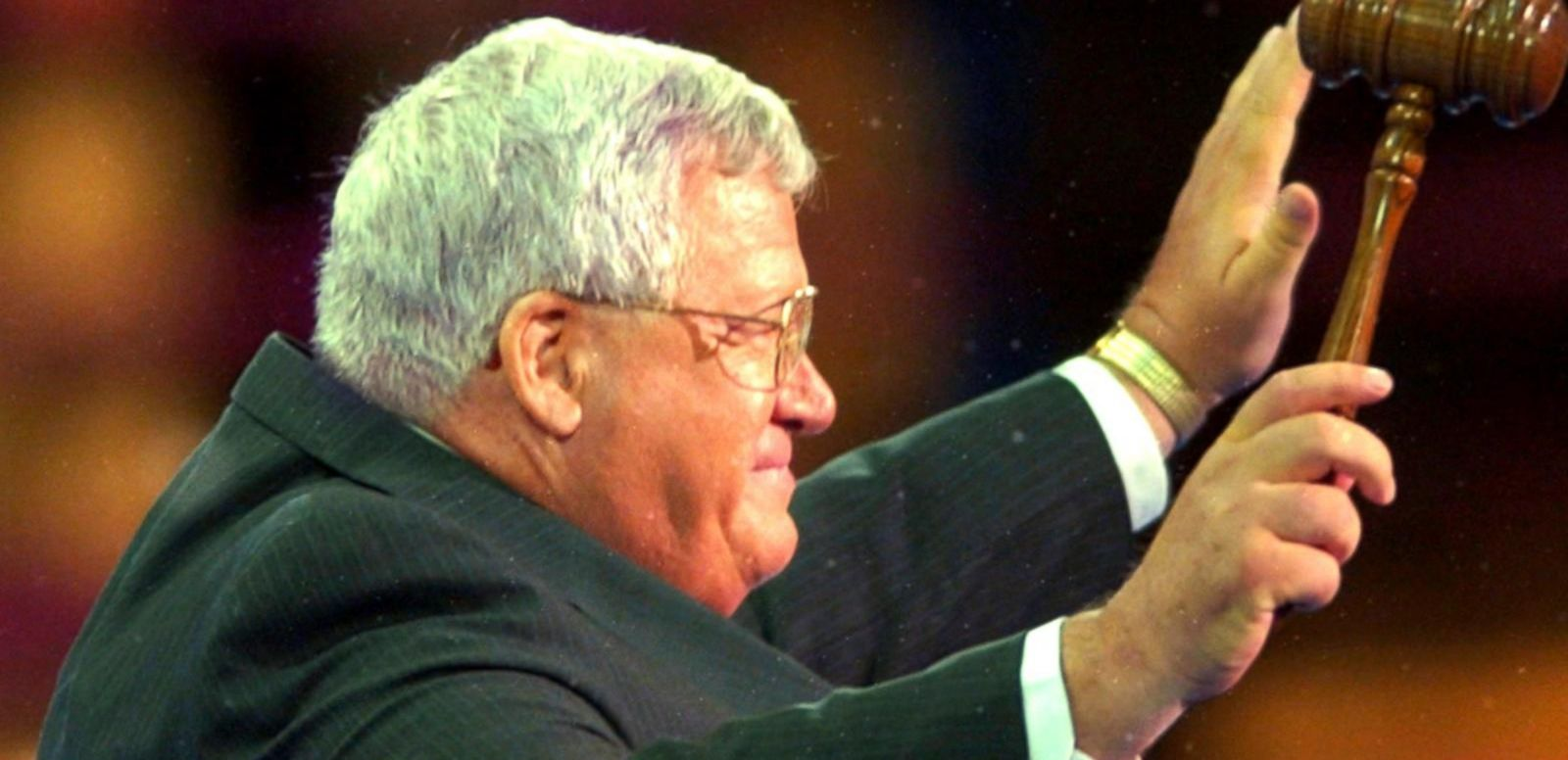 VIDEO: Dennis Hastert Faces Sexual Abuse Allegations
