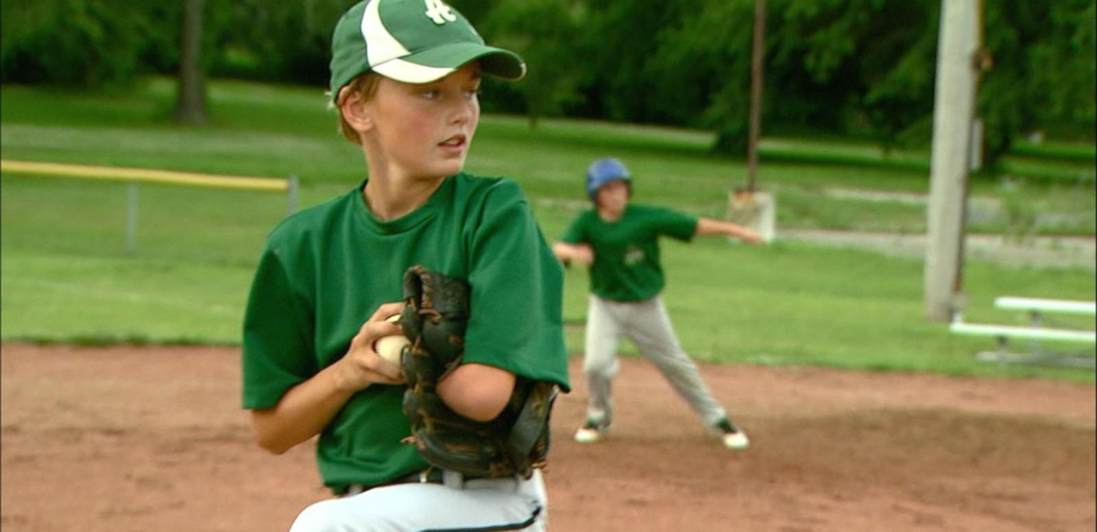VIDEO: 12-Year-Old Baseball Phenomenon Wows Crowds Despite Having 1 Arm
