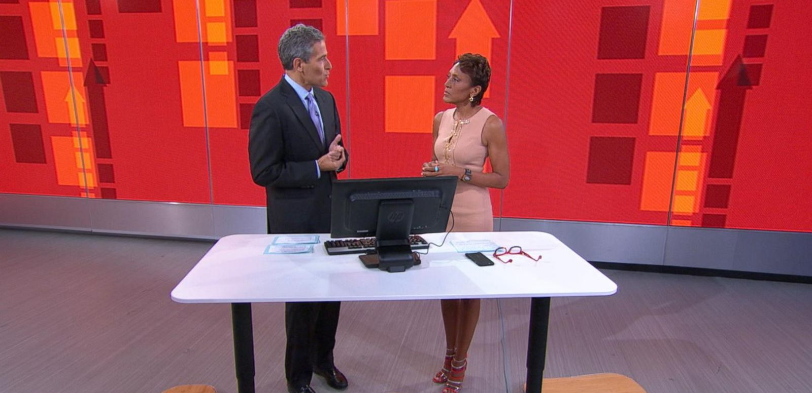 VIDEO: Standing-Desks May Offer Potential Benefits to Your Health