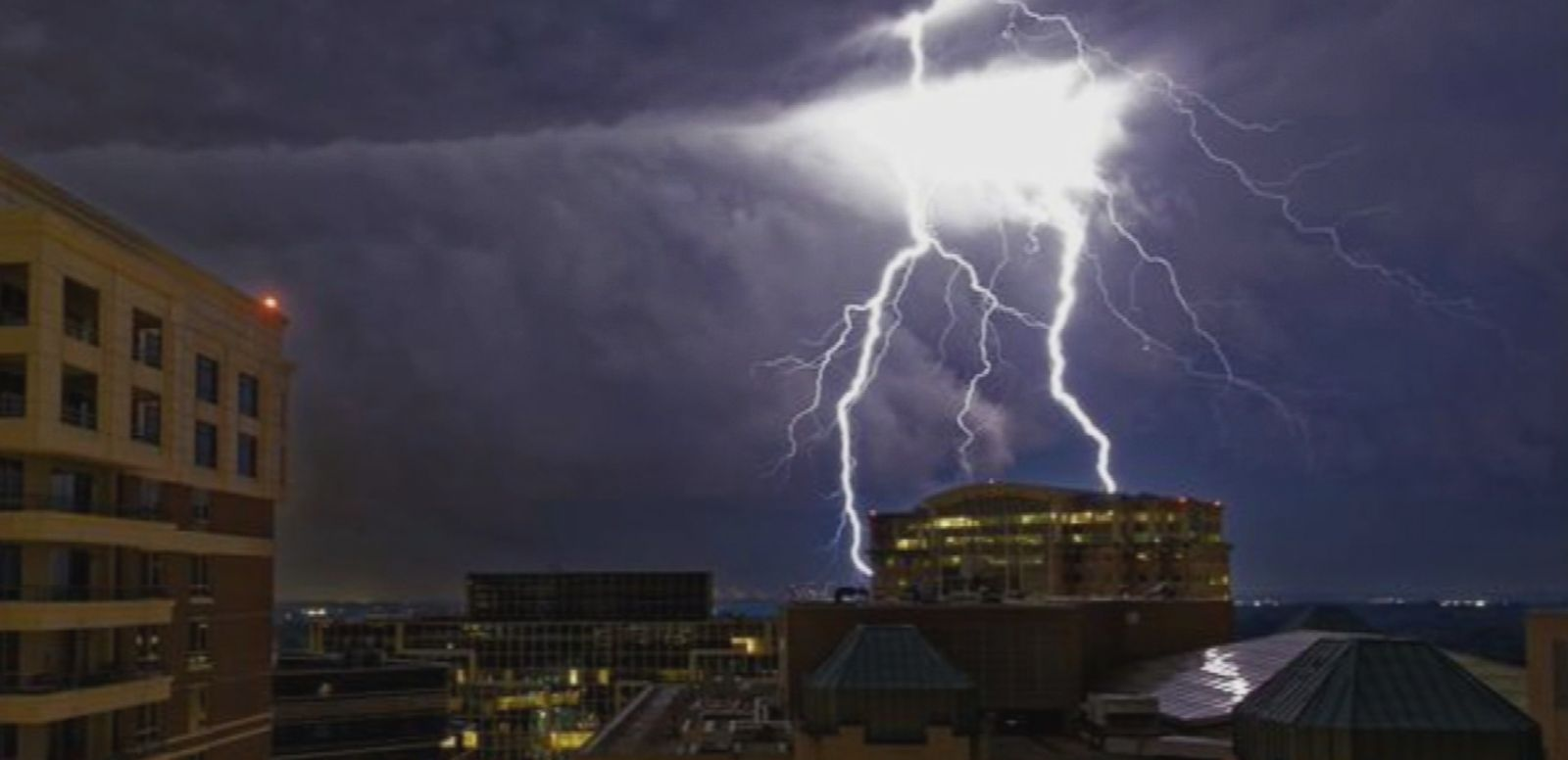 VIDEO: Thunderstorms Strike in Several States