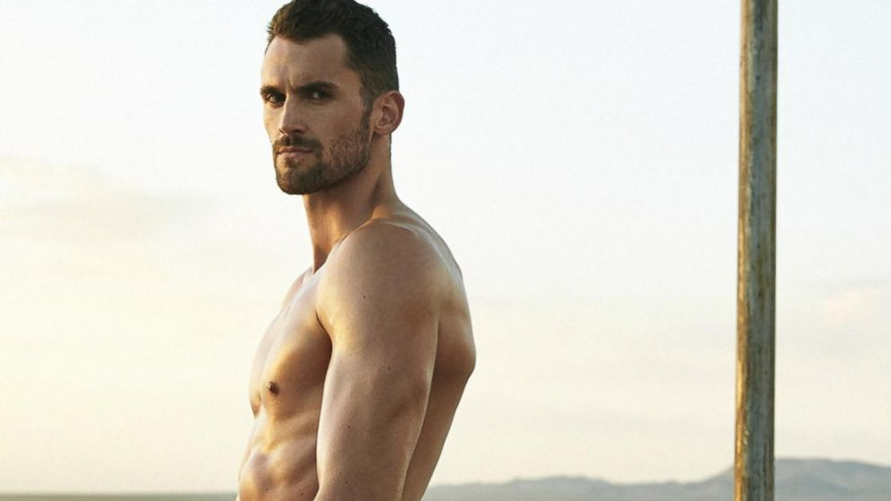 kevin love graces cover of espn magazines body issue