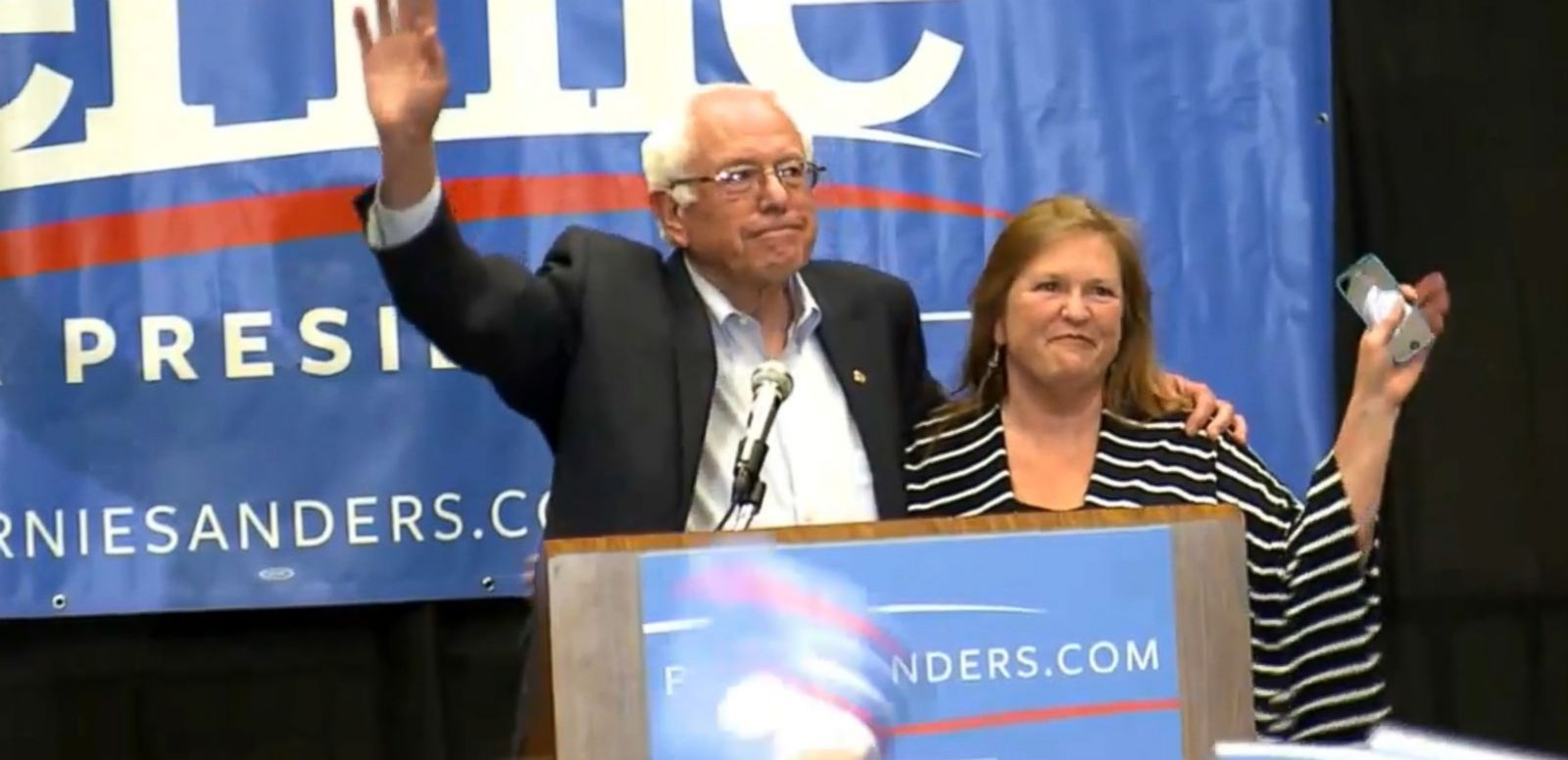 VIDEO: Bernie Sanders' Surge in Polls Puts Pressure on Hillary Clinton's Campaign