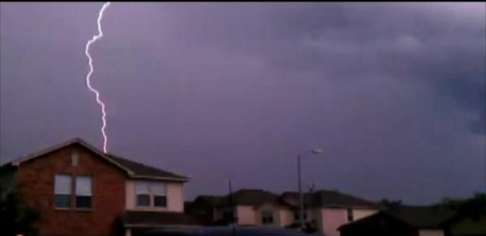 VIDEO: How to Survive a Lightning Strike