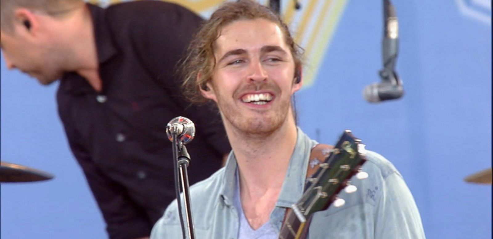 VIDEO: Hozier Performs 'Someone New' Live