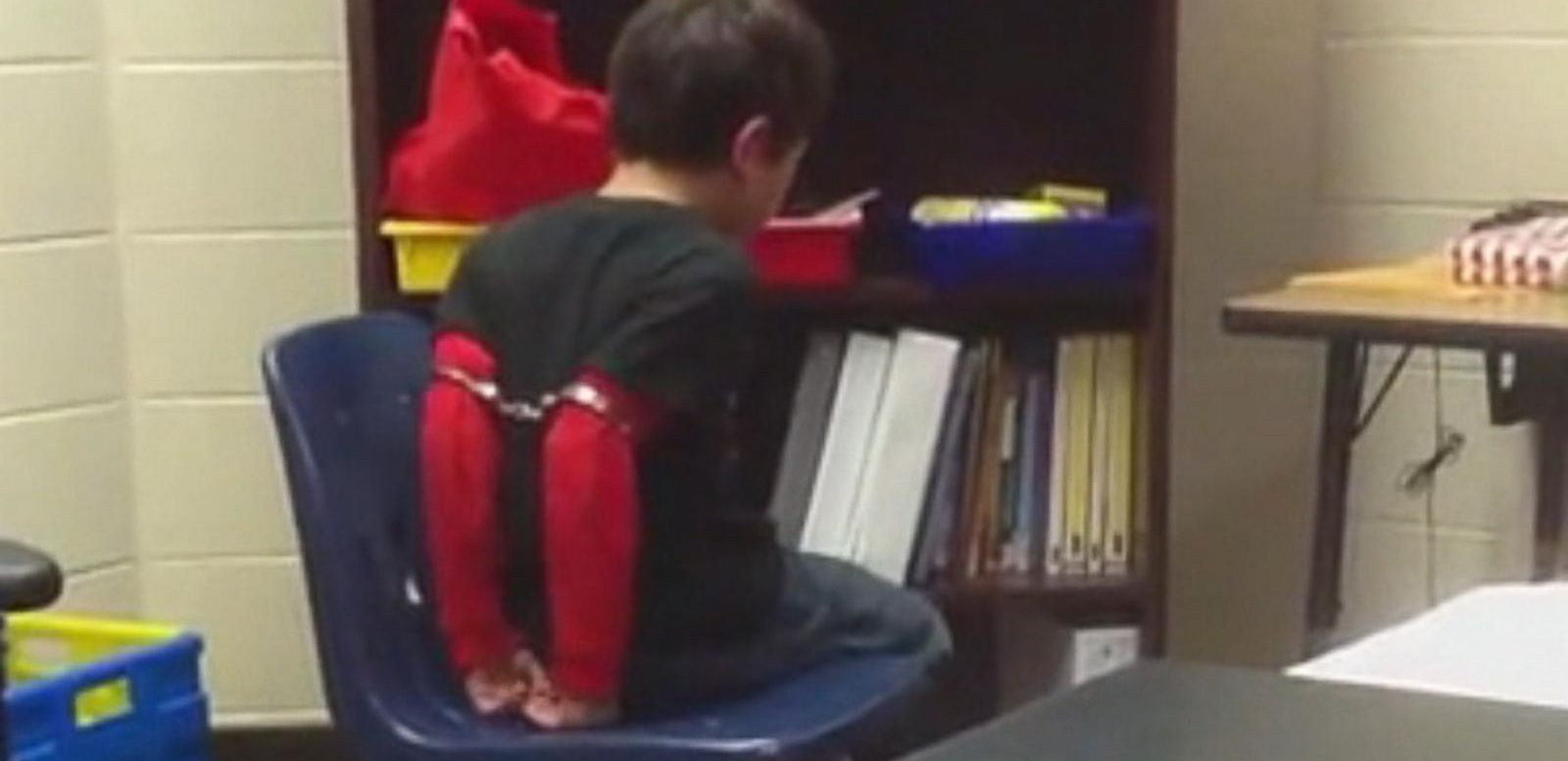 Kentucky Sherriff Used Handcuffs on 'Misbehaving' 3rd-Grader