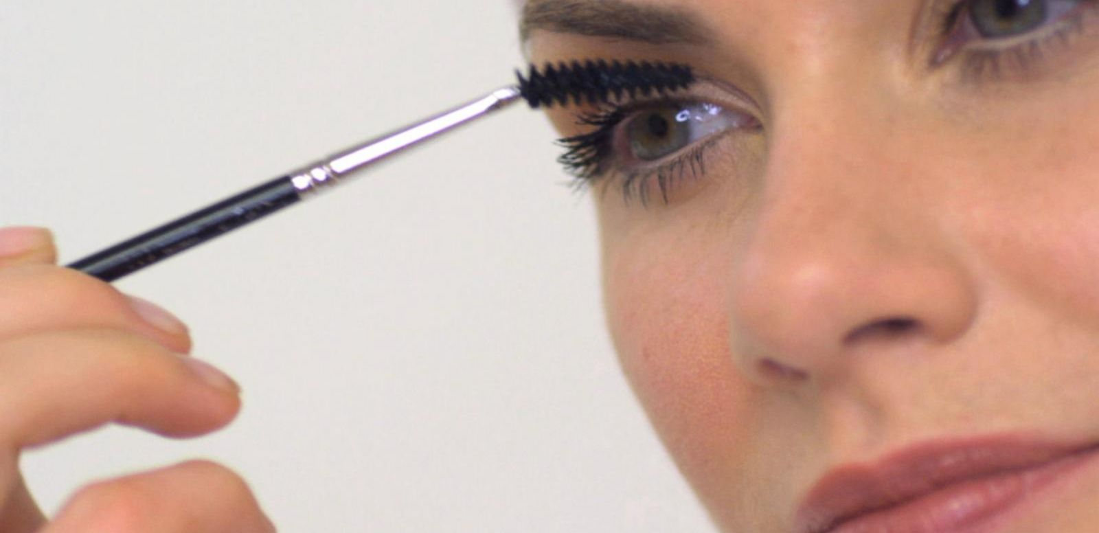 VIDEO: Turn Heads With More Mascara