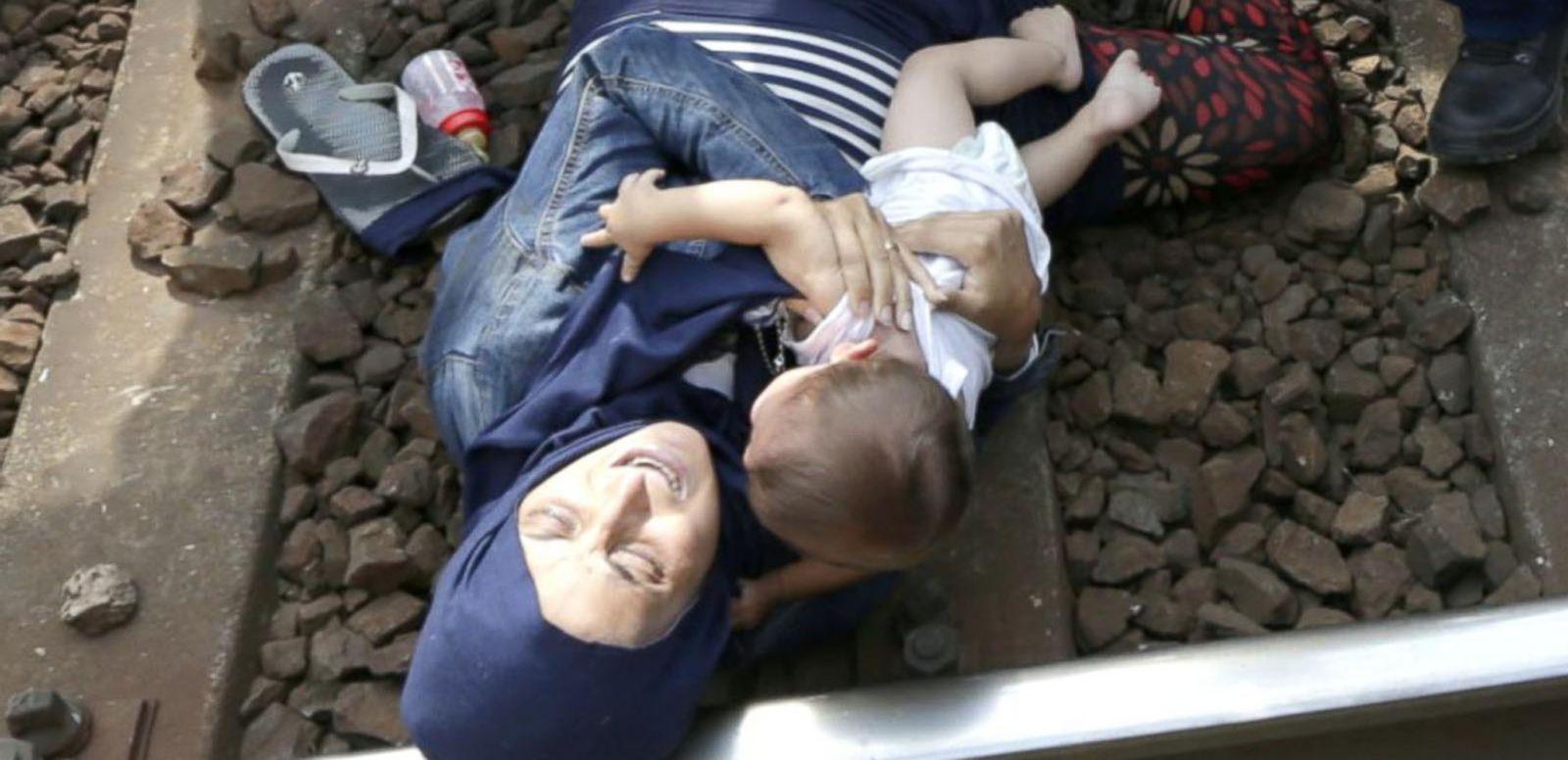 VIDEO: Syrian Refugees Face Tense Standoff Seeking Better Lives in Europe