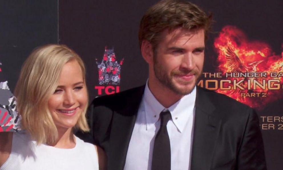 Liam Hemsworth And Jennifer Lawrence Kissing
