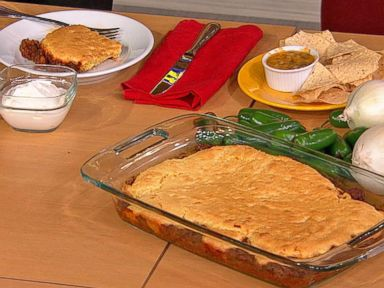 Trisha Yearwood's Cornbread-Chili Casserole