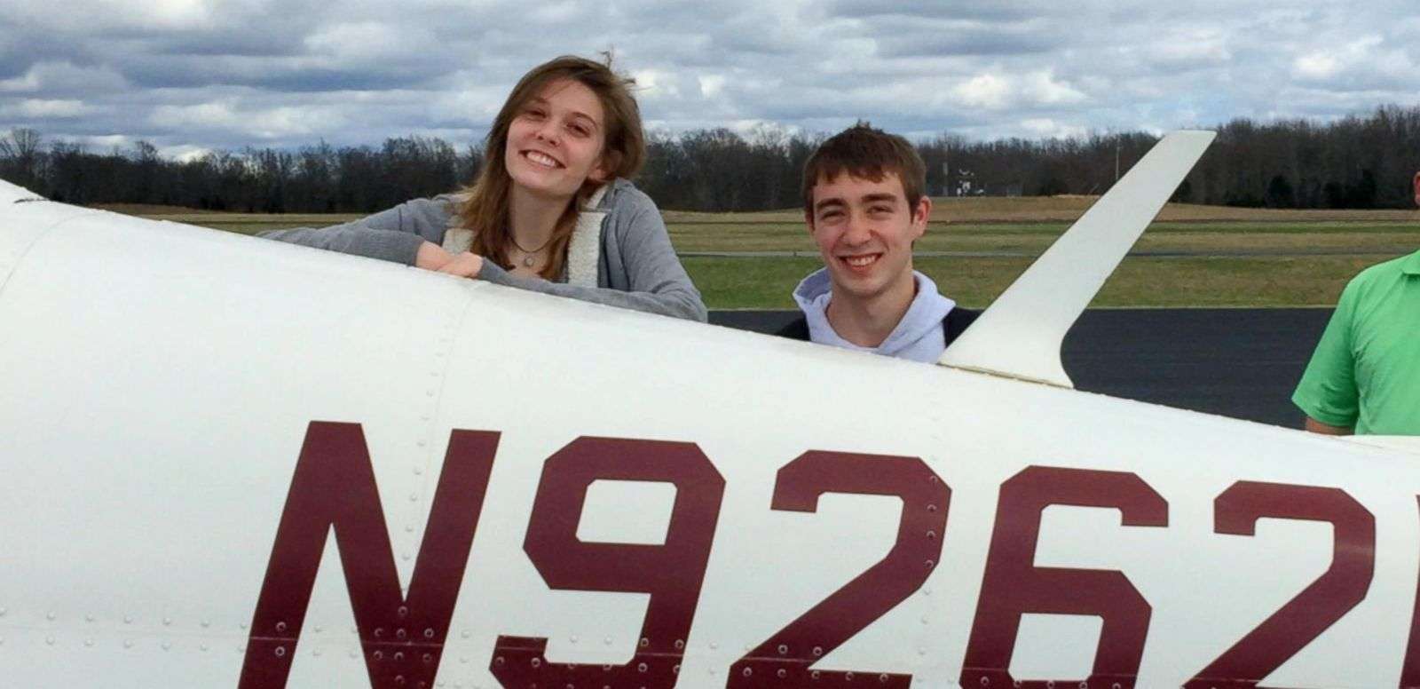 VIDEO: Teen Pilot, Girlfriend Survive Emergency Landing on Golf Course