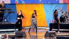 VIDEO: Ariana Grande Performs Greedy