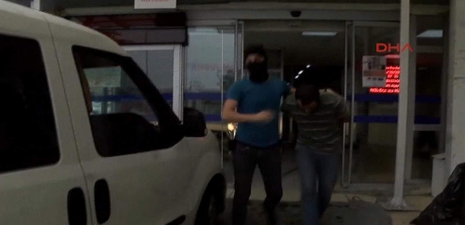 VIDEO: Arrests Made in Anti-Terror Raids After Istanbul Attack